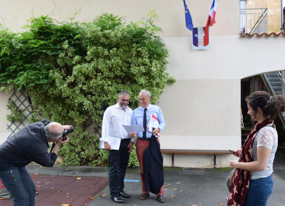 30 MAI 2018 - INTERVIEW M DUCENE PRESIDENT DU SDE 24 ET M MALVAUD MAIRE DE SAINT LEON SUR VEZERE - CONSEIL DE L'INNOVATION