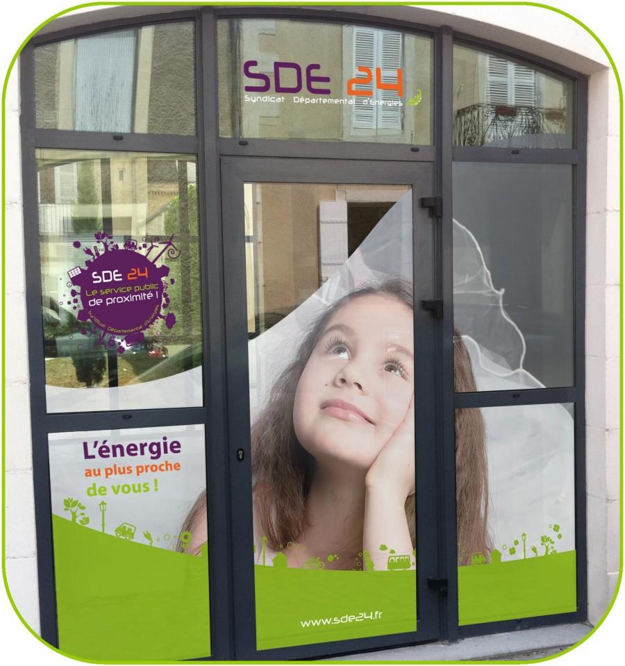 Porte show room de la SDE24